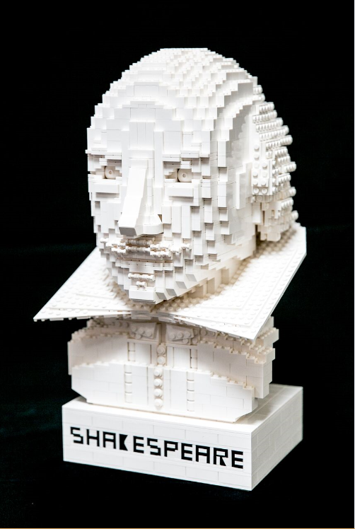 Con tres mil 250 bloques de plástico interconectables LEGO para formar la imagen de Shakespeare. Iamgen: internet.