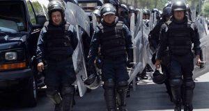 Policías resguardan San Lázaro por Cuarto Informe de Gobierno