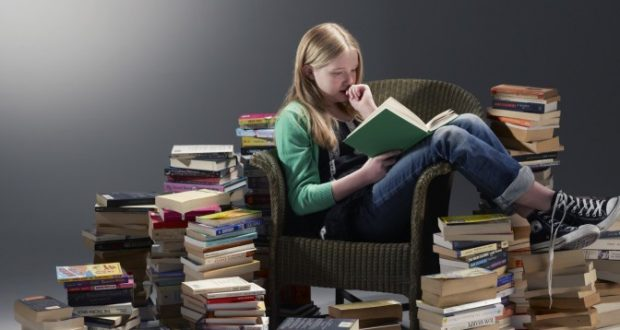 La lectura de libros podría aumentar nuestra esperanza de vida/Archivo