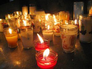 Veladoras/Velas. Significado Día de Muertos