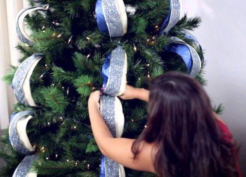 Ya sea natural o artificial, el árbol no puede faltar en estas fechas navideñas