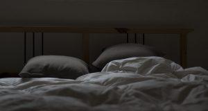 Alertan que el insomnio puede ser provocado por fármacos y el uso de dispositivos móviles /Archivo
