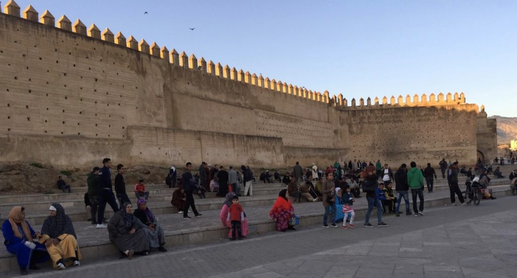 Plaza de Fez, camino al Palacio Real. Marruecos / Gastón Melo