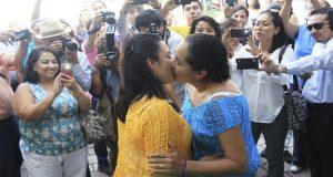 Aprueban matrimonio igualitario en la Constitución de la Ciudad de México