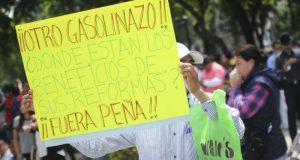 """Organizaciones paralizan CDMX con protestas por """"gasolinazo"""""""