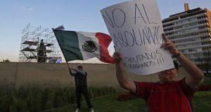 Aumentan las protestas contra el aumento al precio de la gasolina
