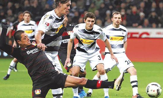 Chicharito gol video 39 chicharito 39 anota su primer gol del for En 4 meses termina el ano