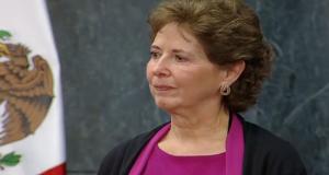 María Cristina García Cepeda fue nombrada por el presidente Enrique Peña Nieto como nueva secretaria de Cultura debido a su amplia experiencia en el ámbito