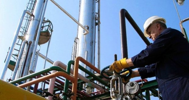 Los precios del petróleo enreacción a acuerdos de recorte de la OPEP.