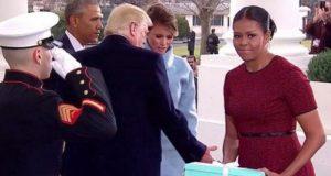 Melania Trump le da un misterioso regalo a Michelle Obama