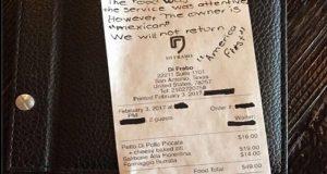 """""""No volveremos, el dueño es mexicano"""", pareja deja mensaje racista en restaurante de Texas"""