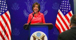 Más que vecinos, México y EU somos familia: Roberta Jacobson