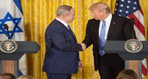 Trump promete trabajar por un acuerdo de paz entre Israel y Palestina