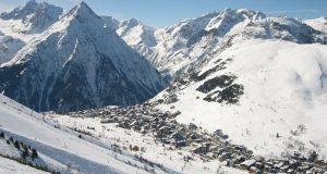 Cuatro muertos y cinco desaparecidos tras avalancha en los Alpes franceses;