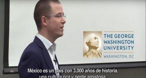 Ricardo Anaya imparte conferencia en universidad de EU y fija postura contra Trump
