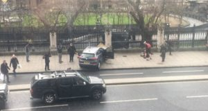 atentado terrorista en Parlamento de Londres . Ultimas noticias: Videos muestran momento del atentado