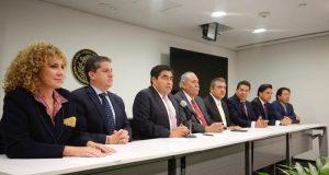 Renuncia Miguel Barbosa a la coordinación del PRD; nombran en su lugar a Morón