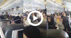 Graban los momentos de pánico que sufrieron los pasajeros de un avión