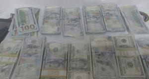 Detienen a hombre con 110 mil dólares adheridos al cuerpo, en Tijuana
