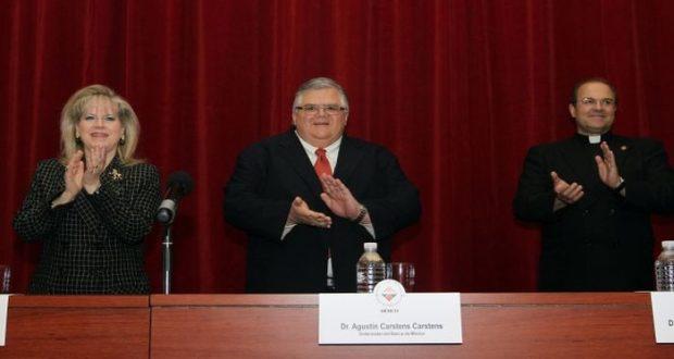 El gobernador del Banco de México aseguró que la economía mexicana tiene fundamentos sanos y se fortalece con medidas implementadas.
