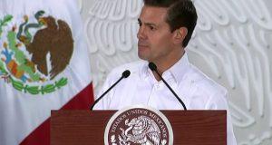 México incrementa infraestructura en puertos a favor del libre comercio México trabaja para ampliar su infraestructura y mejores condiciones a favor del libre comercio, ampliando su inversión para ampliar la capacidad de los puertos marítimos. En el marco de la inauguración de la nueva Terminal Especializada de Contenedores II (TEC II), en el puerto de Lázaro Cárdenas, Michoacán, el presidente Enrique Peña Nieto indicó que México apuesta por el libre comercio y se abre más al mercado externo con mejor infraestructura para llevar los productos mexicanos a cualquier parte del mundo.