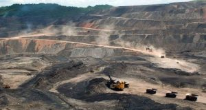 Inseguridad, impuestos e incertidumbre financiera detienen proyectos mineros y por ello México ha perdido competitividad en el área de exploración y explotación de recursos metalúrgicos.
