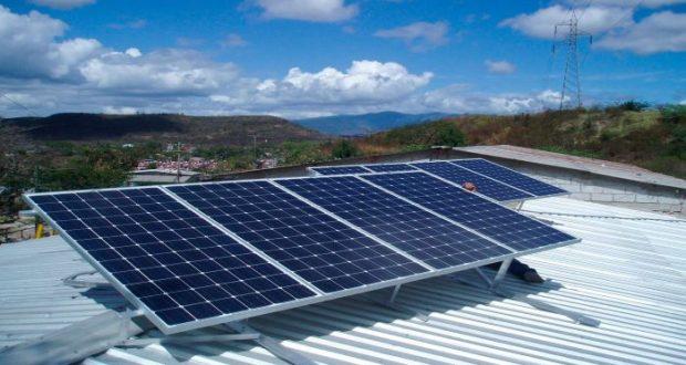 Mercado de energía solar en México tiene mucho potencial de crecimiento en todas sus facetas, desde la producción a gran escala para distribución masiva, hasta el autoconsumo sustentable en hogares.
