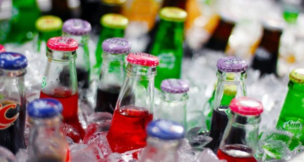 Tomar diariamente bebidas