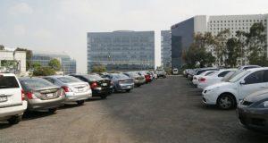 Si eres cliente frecuente de estos establecimientos, conoce por qué los estacionamientos están obligados a responder por daños a tu auto.