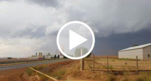 Graban la formación de un tornado en Chihuahua