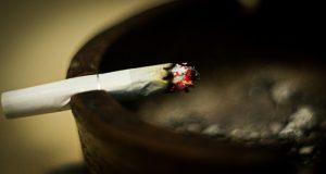 Una investigación encontró relación entre el aumento de las tasas de adenocarcinoma y la mayor demanda de cigarrillos 'light'