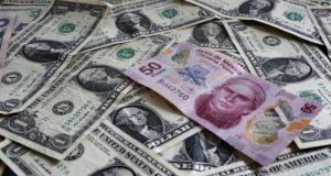 El peso se devaluó por elecciones presidenciales, negociaciones del TLCAN y el efecto Trump