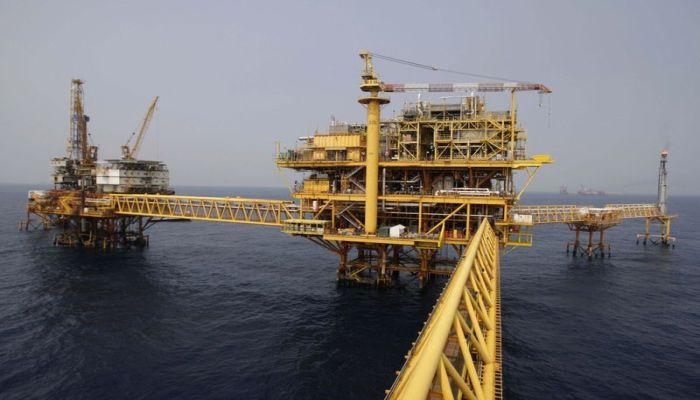 México es un país petrolero que tiene que importar petróleo y esto ha afectado los ingresos y la balanza comercial
