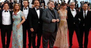 Los mexicanos Guillermo del Toro, Alejandro González Iñárritu, Salma Hayek, Gael García, Diego Luna y Michel Franco fueron la sensación en Cannes en Cannes. VIDEO es viral