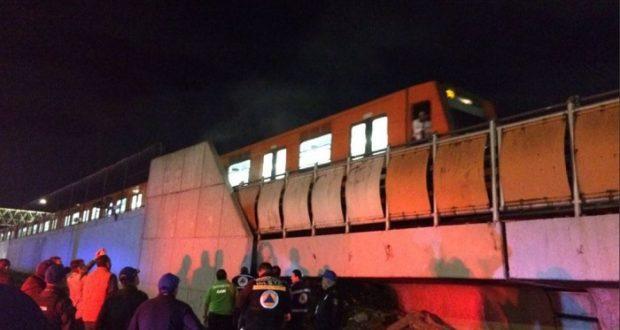 Reportan incendio en vías de Línea B del Metro