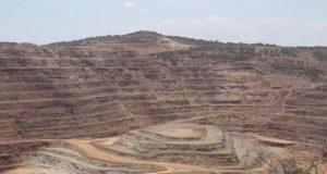La Cámara Minera de México (Canimex) aseguró en su reporte anual 2016 que la inversión en el sector minero en México sigue en declive.
