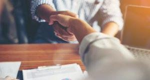 Cumple con tu palabra y conviértete en una persona confiable tanto en el ámbito laboral o empresarial, así como en la vida cotidiana.