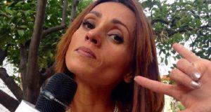 Al menos 20 sujetos golpean a la reportera de Televisa Bárbará Barquín