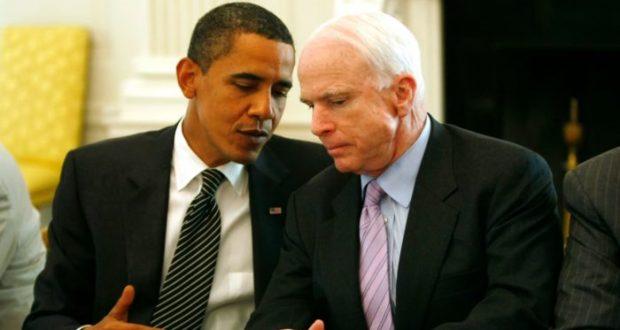 Obama manda mensaje a McCain sobre cáncer cerebral: mándalo al diablo El expresidente Barack Obama envió un emotivo mensaje al senador John McCain alentándole en la lucha que enfrenta contra un cáncer cerebral recientemente diagnosticado. El senador estadounidense John McCain fue diagnosticado con cáncer cerebral y se encuentra buscando opciones de tratamientos después de que fuera sometido a una operación en Phoenix el pasado viernes para remover un coágulo de sangre encima de su ojo izquierdo. El senador de 80 años, que fuera candidato a la presidencia en 2008, se encuentra en recuperación en su casa de Arizona, analizando distintas alternativas de tratamiento, la cual podría incluir una combinación de quimioterapias y radiaciones. Después de que el miércoles el despacho del senador republicano diera a conocer la noticia de su estado de salud, el expresidente Barack Obama expresó su solidaridad con McCain, reconociendo en un emotivo mensaje su apoyo y reconocimiento al espíritu de lucha del político.