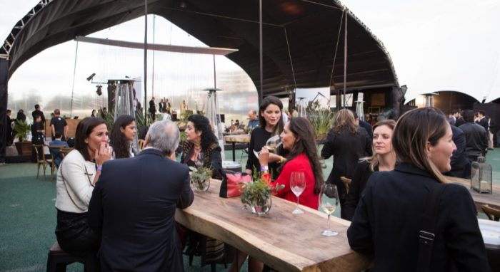 """""""México Nación de Vinos"""" se llevará a cabo el 21 de septiembre en la Ciudad de México, con la presencia de las bodegas más importantes del país y en dónde los productores, distribuidores y consumidores podrán disfrutar de exhibiciones, talleres, conferencias y un museo interactivo; que contará con la presencia de enólogos."""