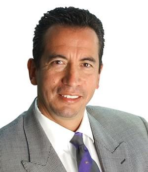 Carlos Ponce | Selección Fundamental de Acciones | Colaborador de El Semanario