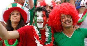 mexicanos celebrando