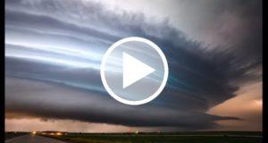 Graban una tormenta supercélula que se produjo en Dakota