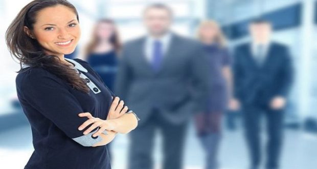 La marca personal de las mujeres modernas se basa en la sinceridad y las emociones, creando una nueva imagen de éxito con una faceta más interior y empática.
