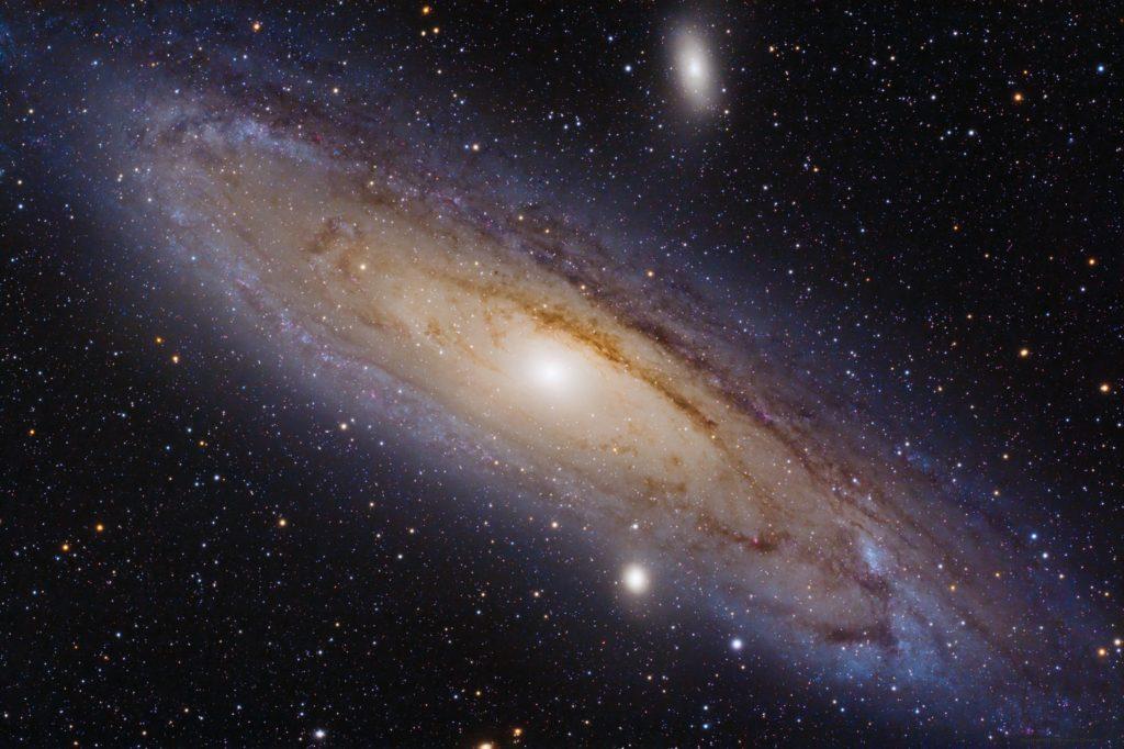 Cosmos-materia oscura