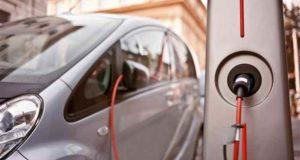 Pobladores de Canadá solicitan que el gobierno promueva el uso de autos eléctricos