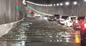 Nuevo desnivel de Mixcoac se inunda tres días después de ser inaugurado
