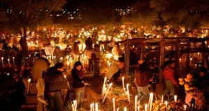 Conoce algunas de las leyendas y tradiciones del Día de Muertos, como la de Mintzita Corazón e Itzihuapa en el fondo del lago de Pátzcuaro.