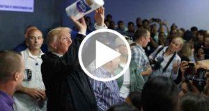 Graban a Donald Trump lanzando rollos de papel a damnificados en Puerto Rico [Video]