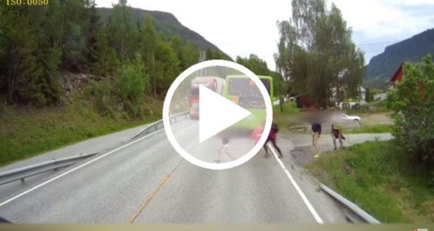 Video muestra la pericia de un conductor para evitar atropellar a un niño